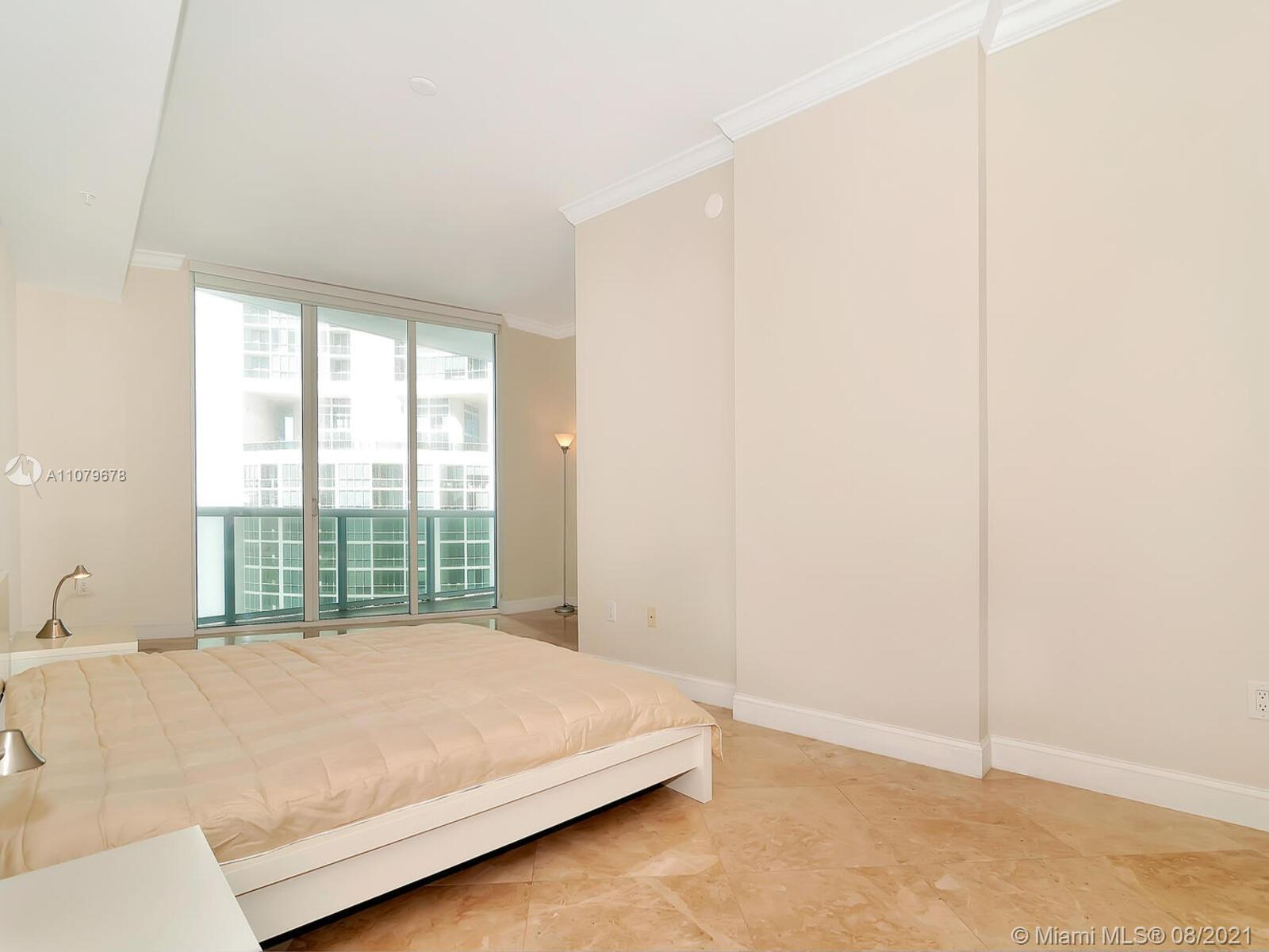 18101 Collins Ave #1806 photo024
