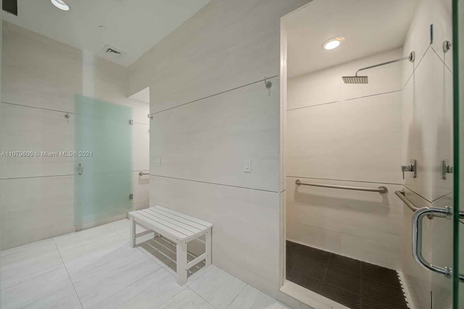 9601 Collins Ave #409 photo024