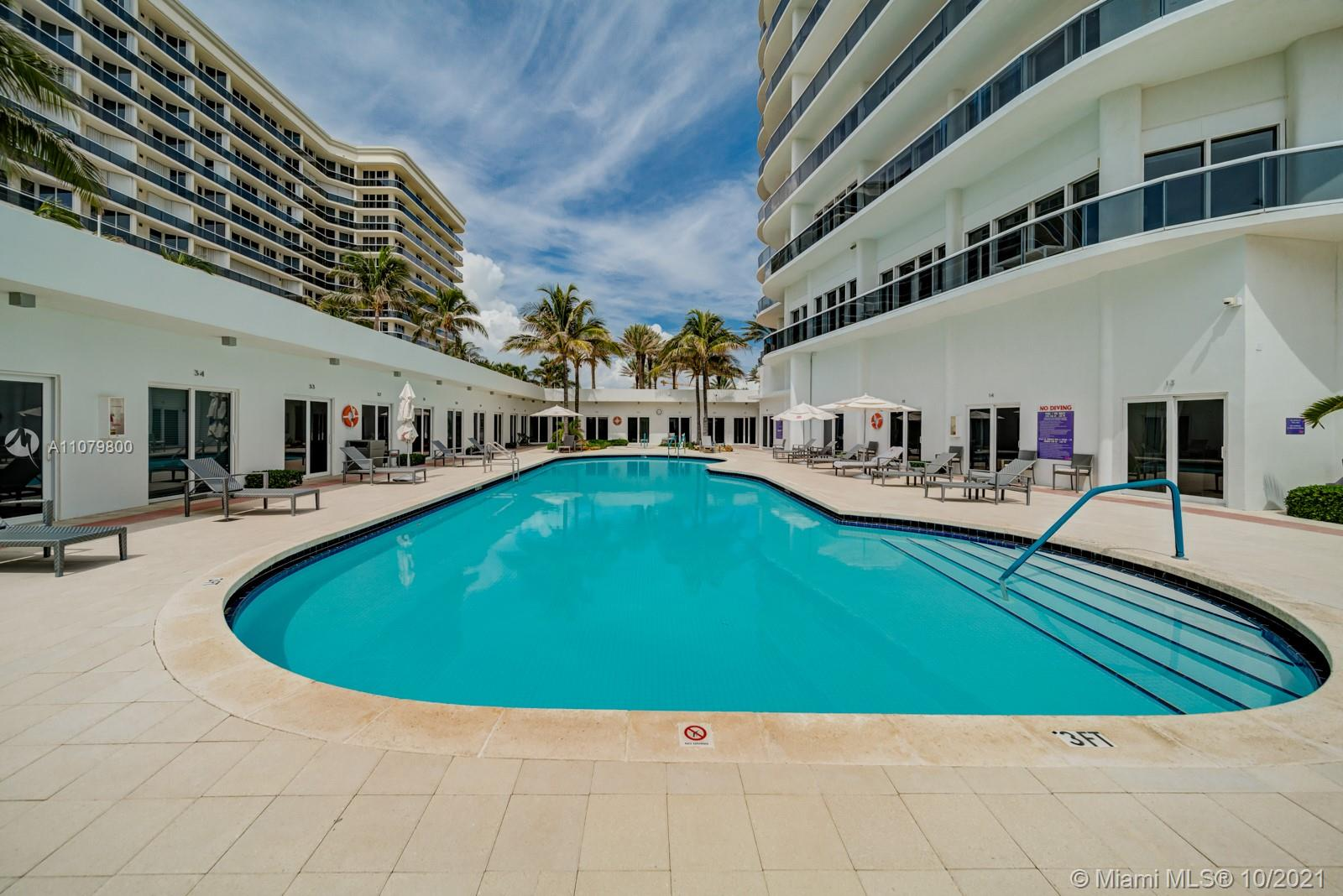 9601 Collins Ave #409 photo030