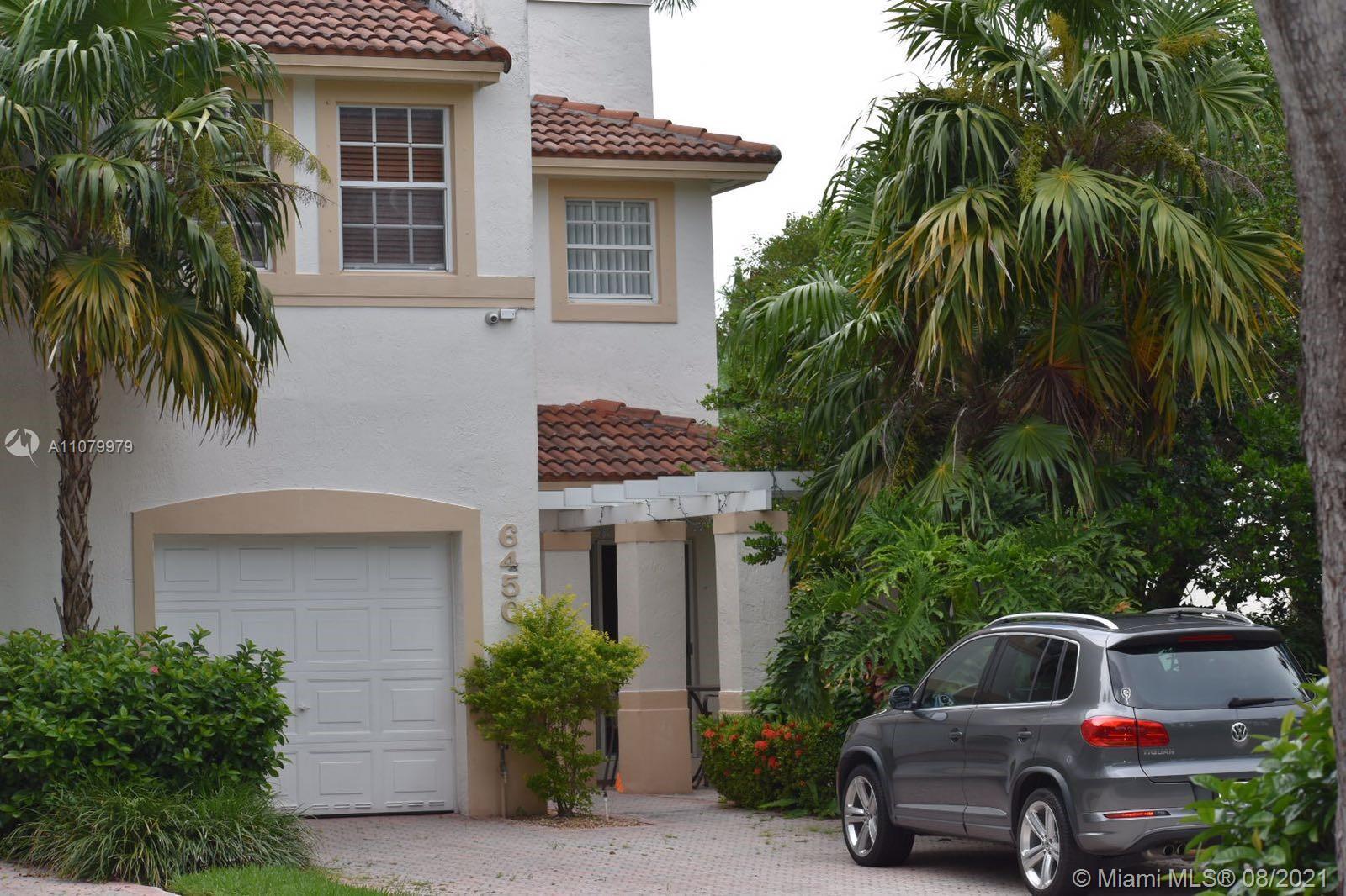 Doral Isles - 6450 NW 109th Ave, Doral, FL 33178
