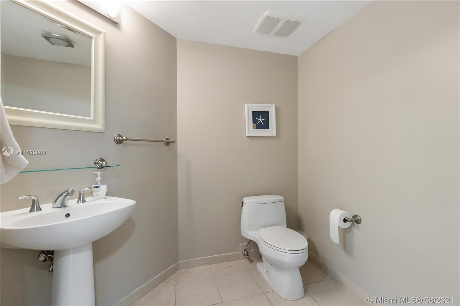 16699 Collins Ave #2906 photo020