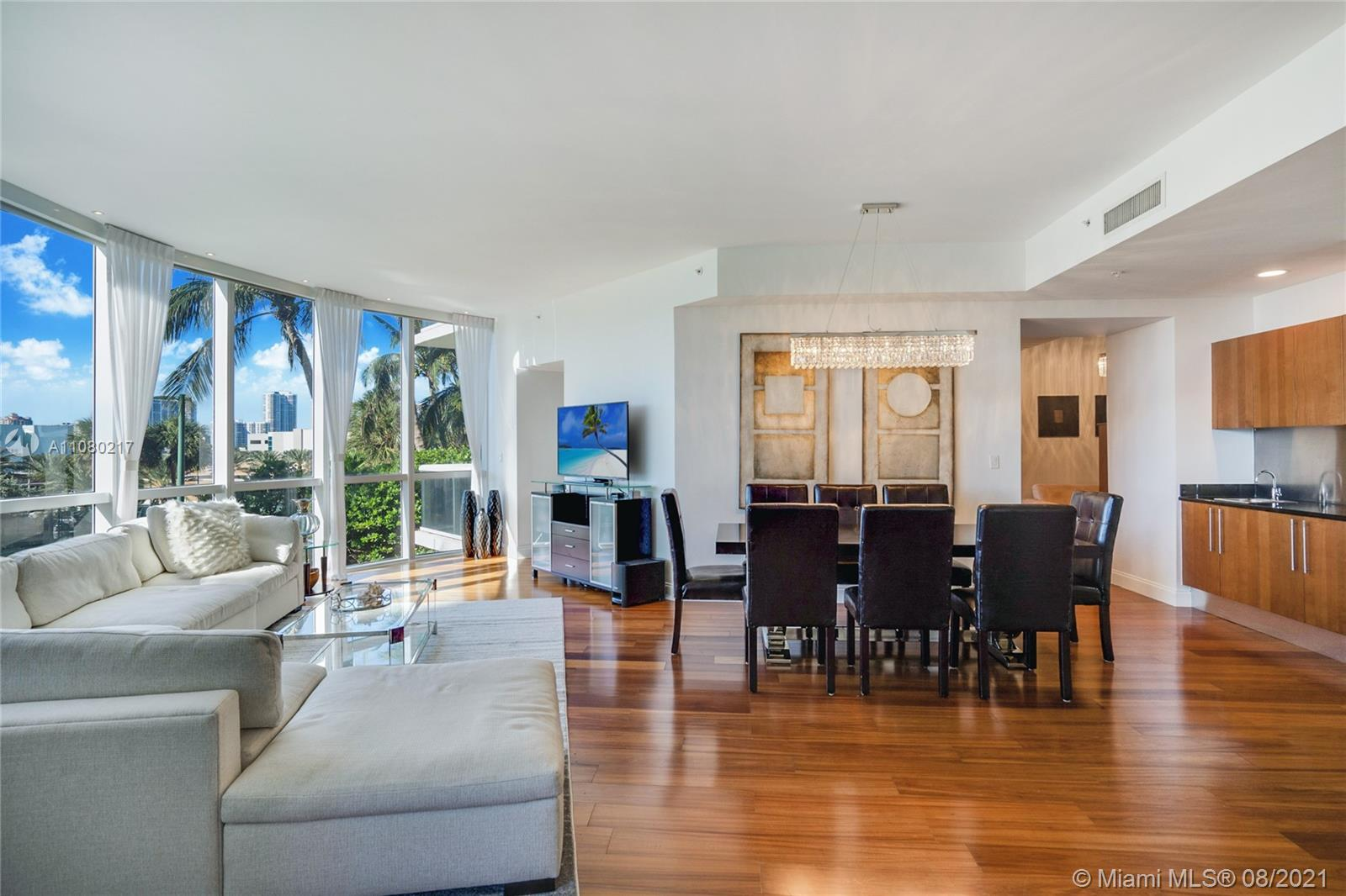 18101 Collins Ave #501 photo02