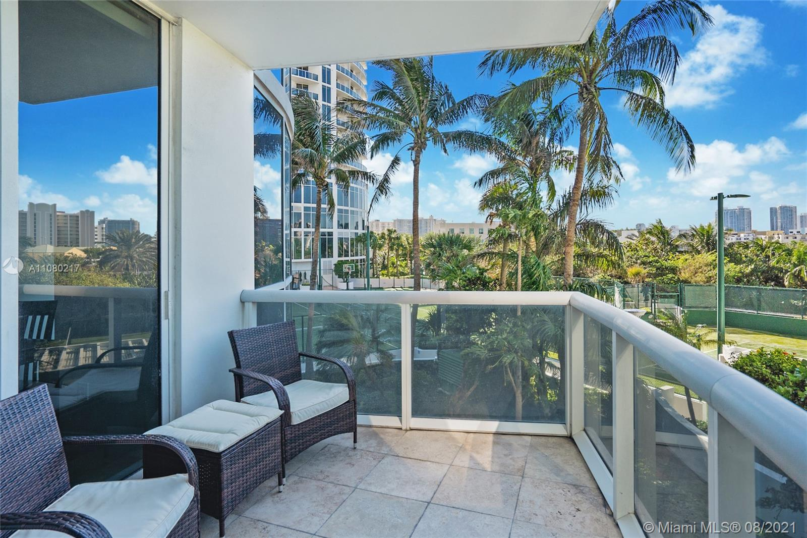 18101 Collins Ave #501 photo013