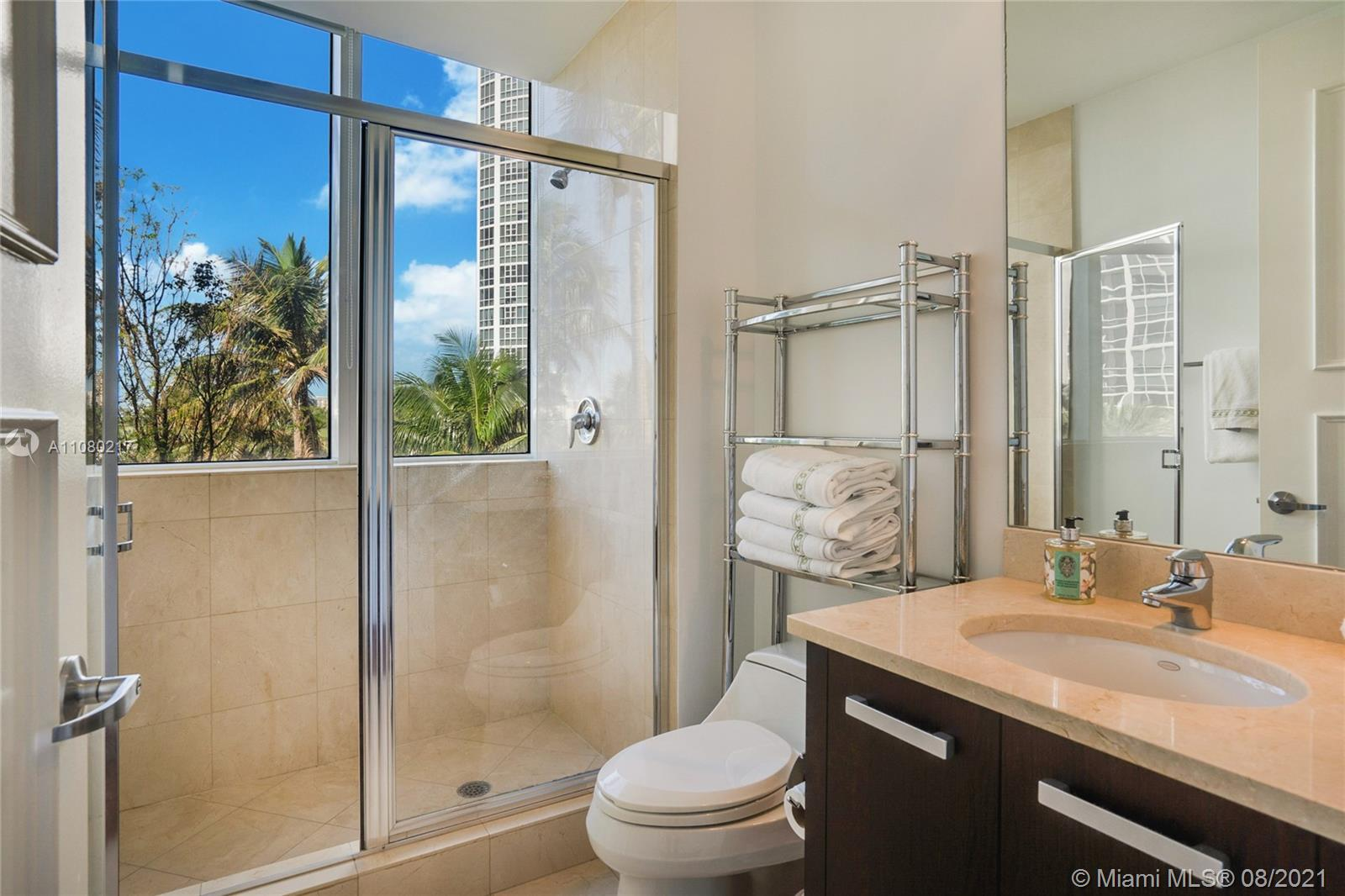 18101 Collins Ave #501 photo012