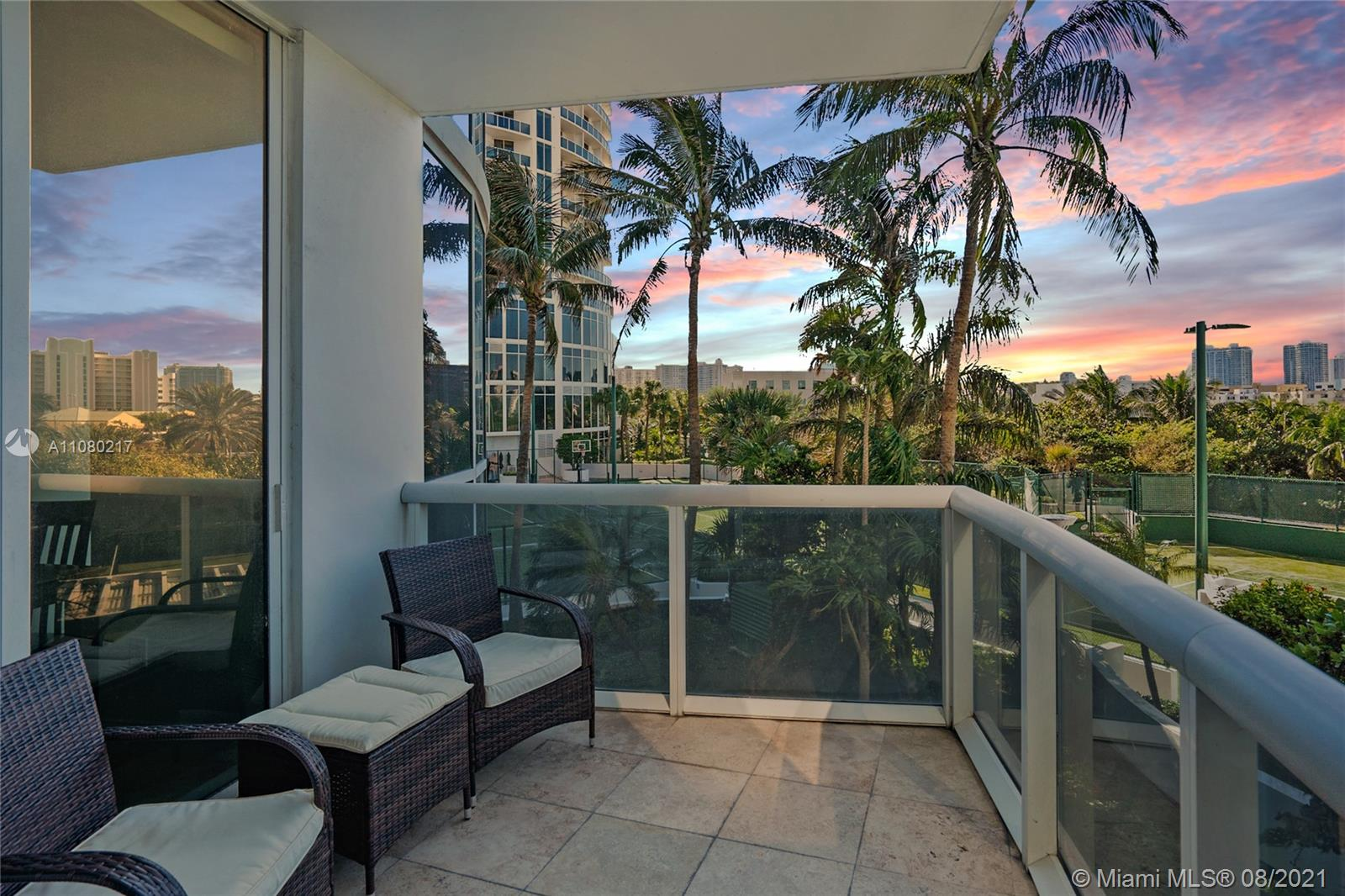 18101 Collins Ave #501 photo014