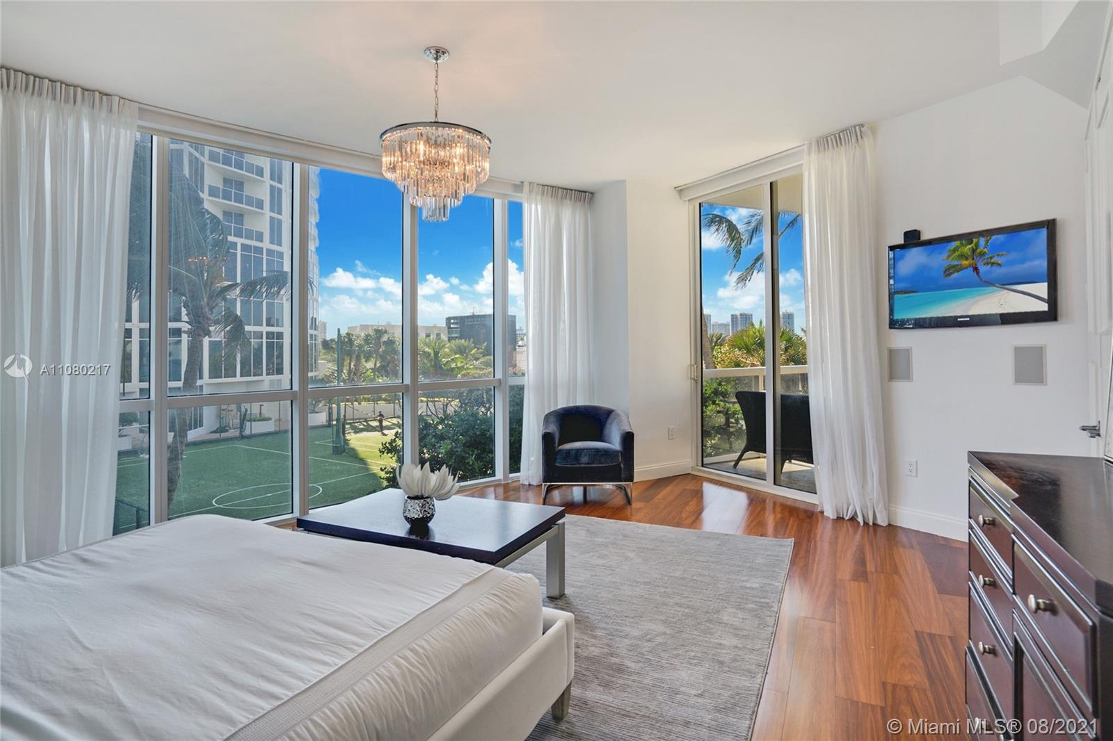 18101 Collins Ave #501 photo021