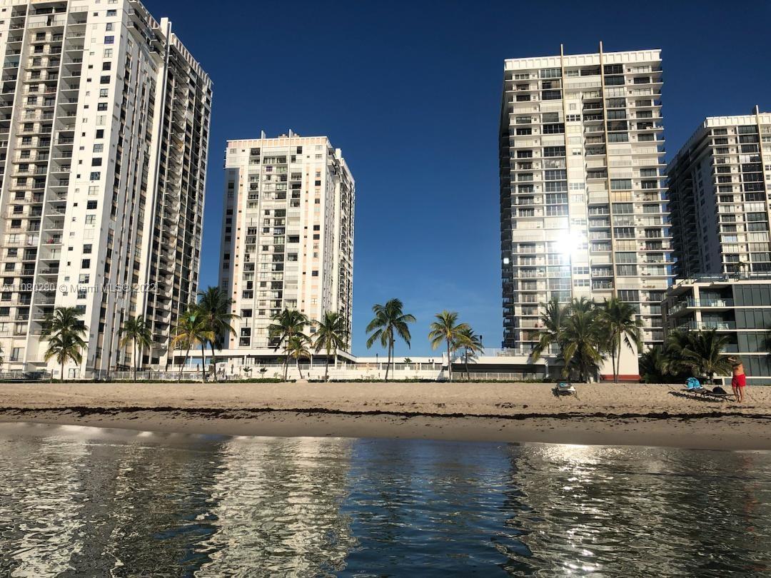 Catania, Tower 2 #304 - 2401 S Ocean Dr #304, Hollywood, FL 33019