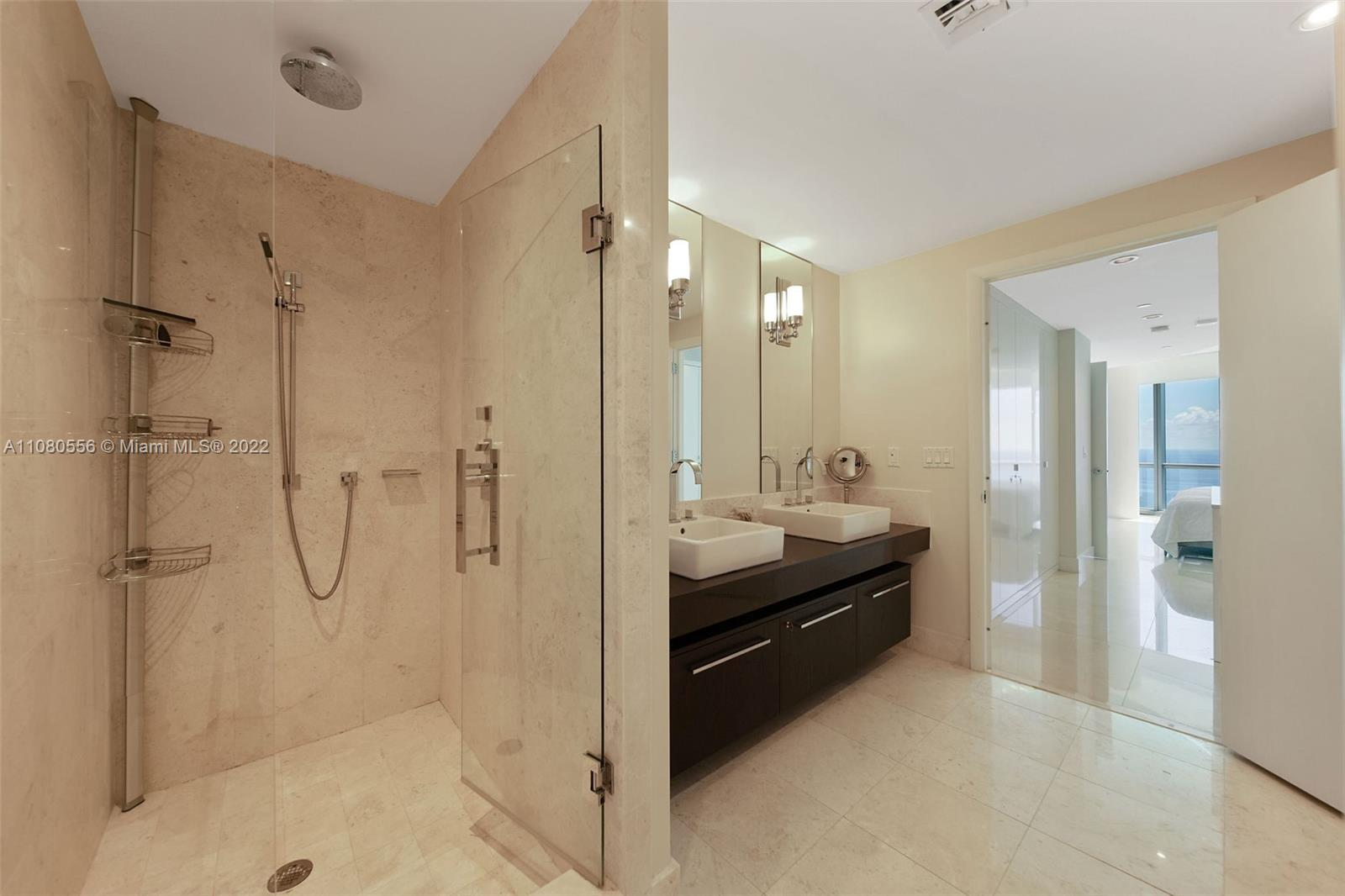 17121 Collins Ave #3806 photo018
