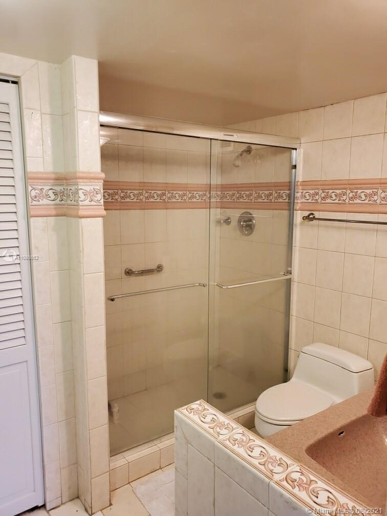 6039 Collins Ave #1534 photo013