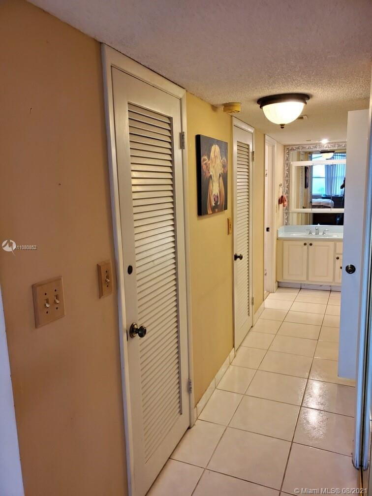 6039 Collins Ave #1534 photo015