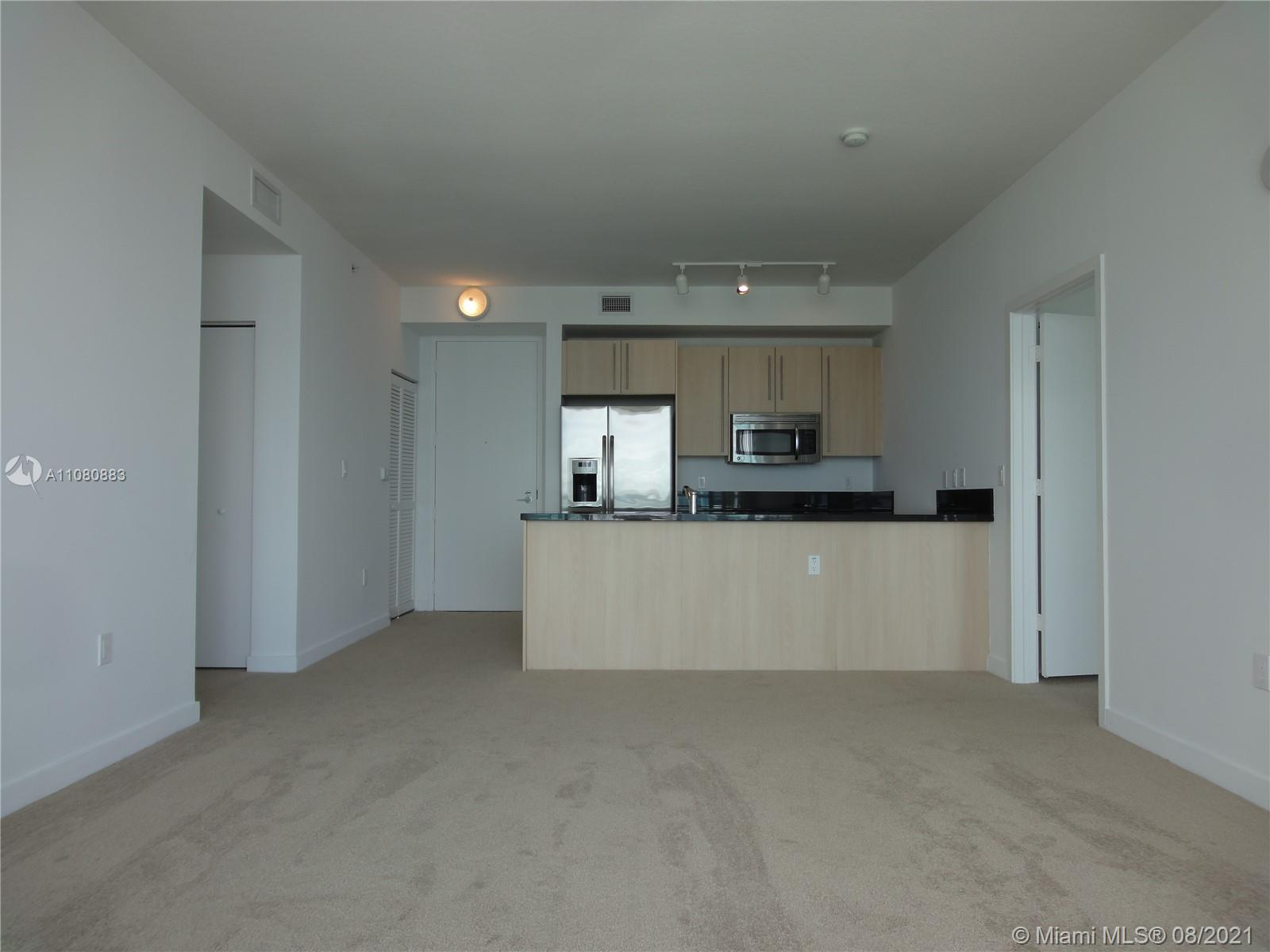1111 SW 1st Ave #3122-N photo02