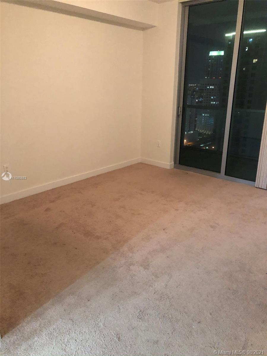 1111 SW 1st Ave #3122-N photo028