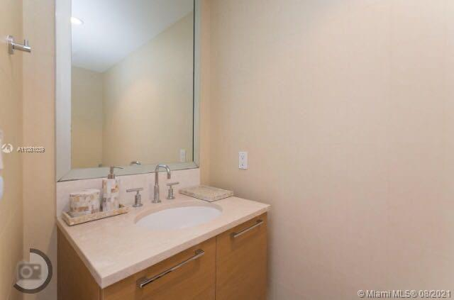 17001 Collins Ave #4004 photo015