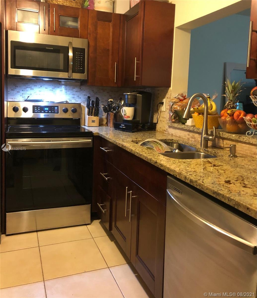 Property for sale at 4276 NW 89th Ave Unit: 206, Coral Springs,  Florida 33065