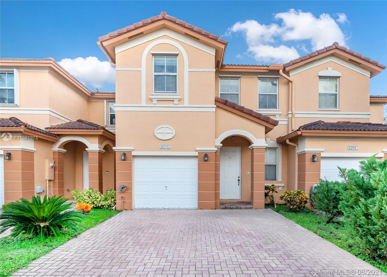 Islands At Doral - 8711 NW 112th Ct, Doral, FL 33178