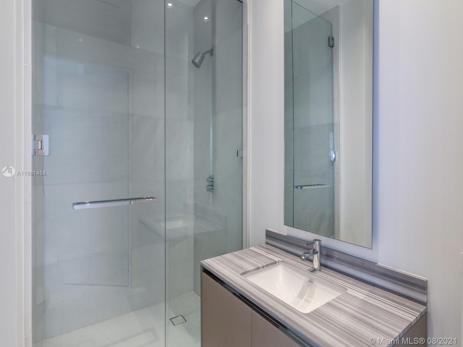 17141 Collins Ave #401 photo014