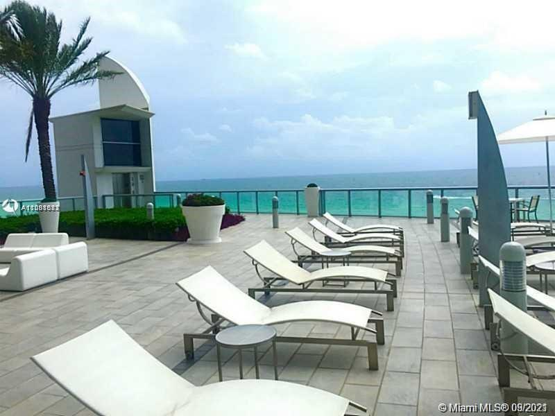 17121 Collins Ave #3505 photo020