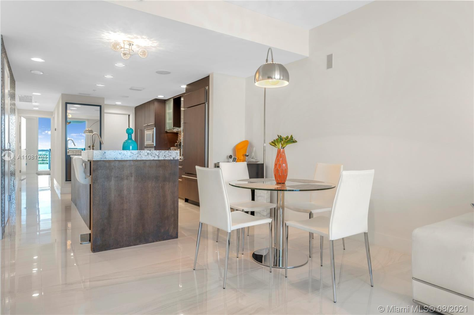 3801 Collins Ave #1204 photo08