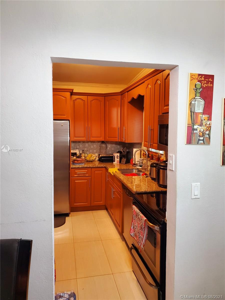 11060 SW 51st Ter photo012