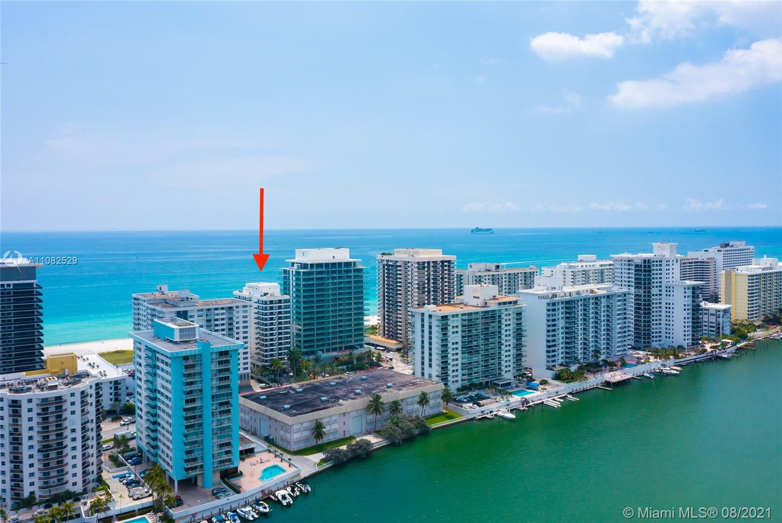 5801 Collins Ave #1000 photo035