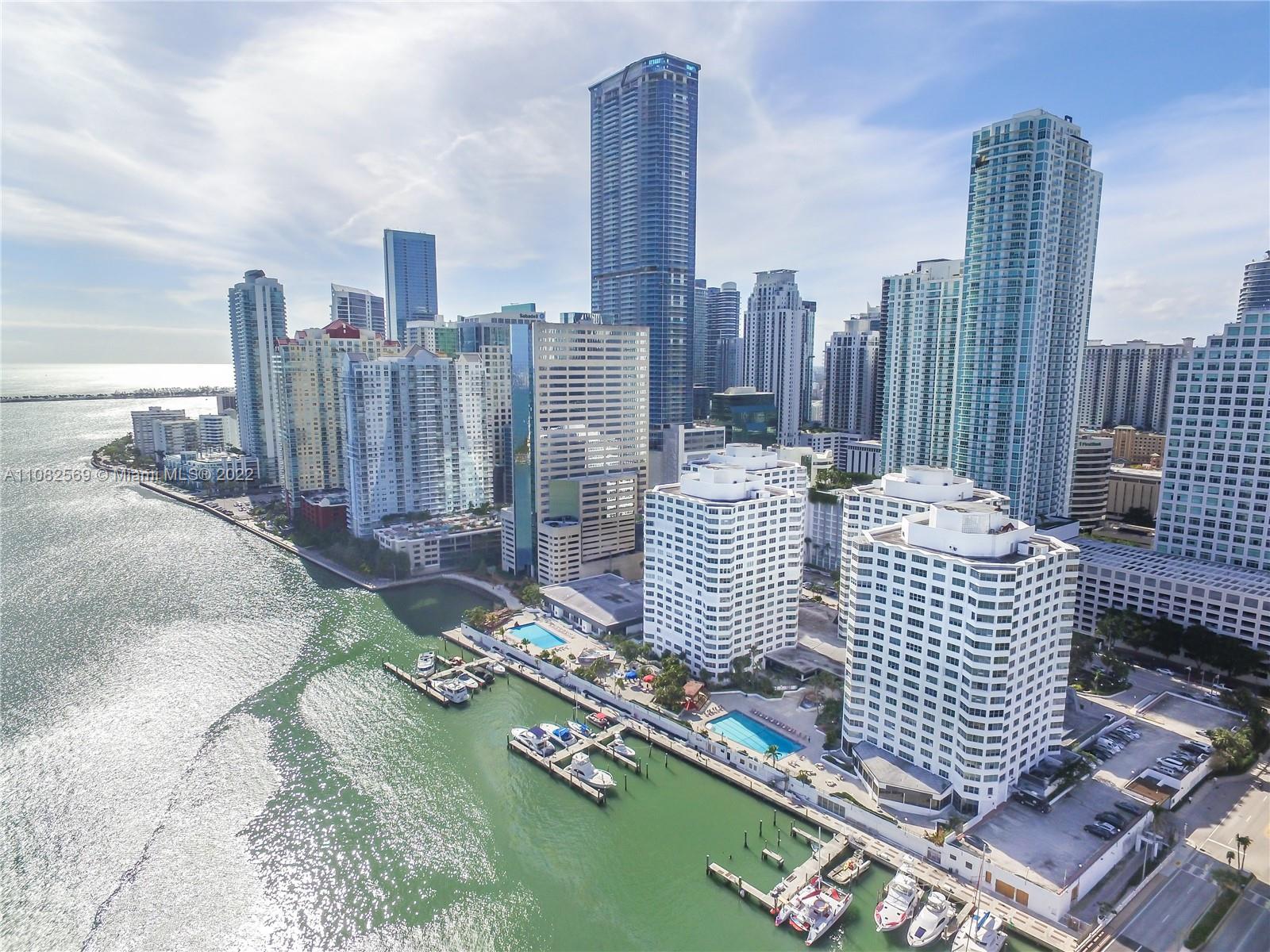 Courts Brickell Key #470 - 801 Brickell Bay Dr #470, Miami, FL 33131