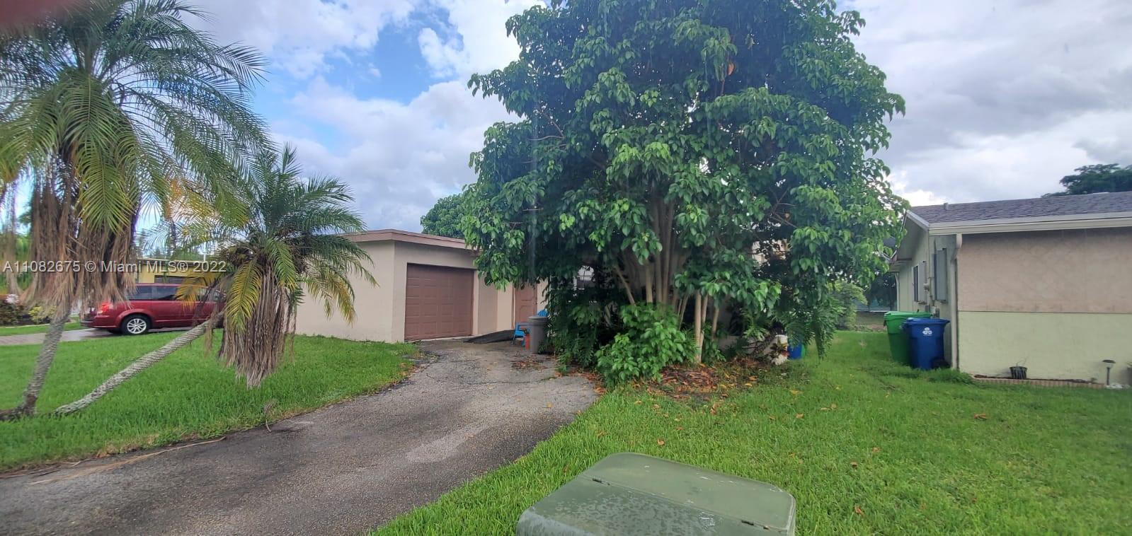 Sunrise Golf Village - 11390 NW 45th Pl, Sunrise, FL 33323