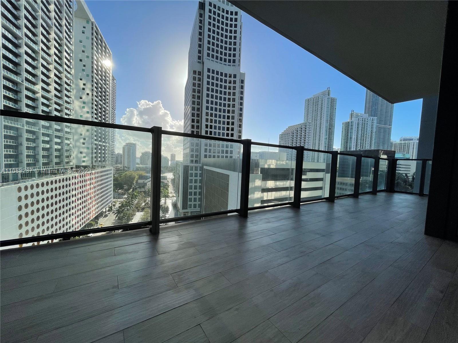 Reach Brickell City Centre #909 - 68 SE 6th St #909, Miami, FL 33131