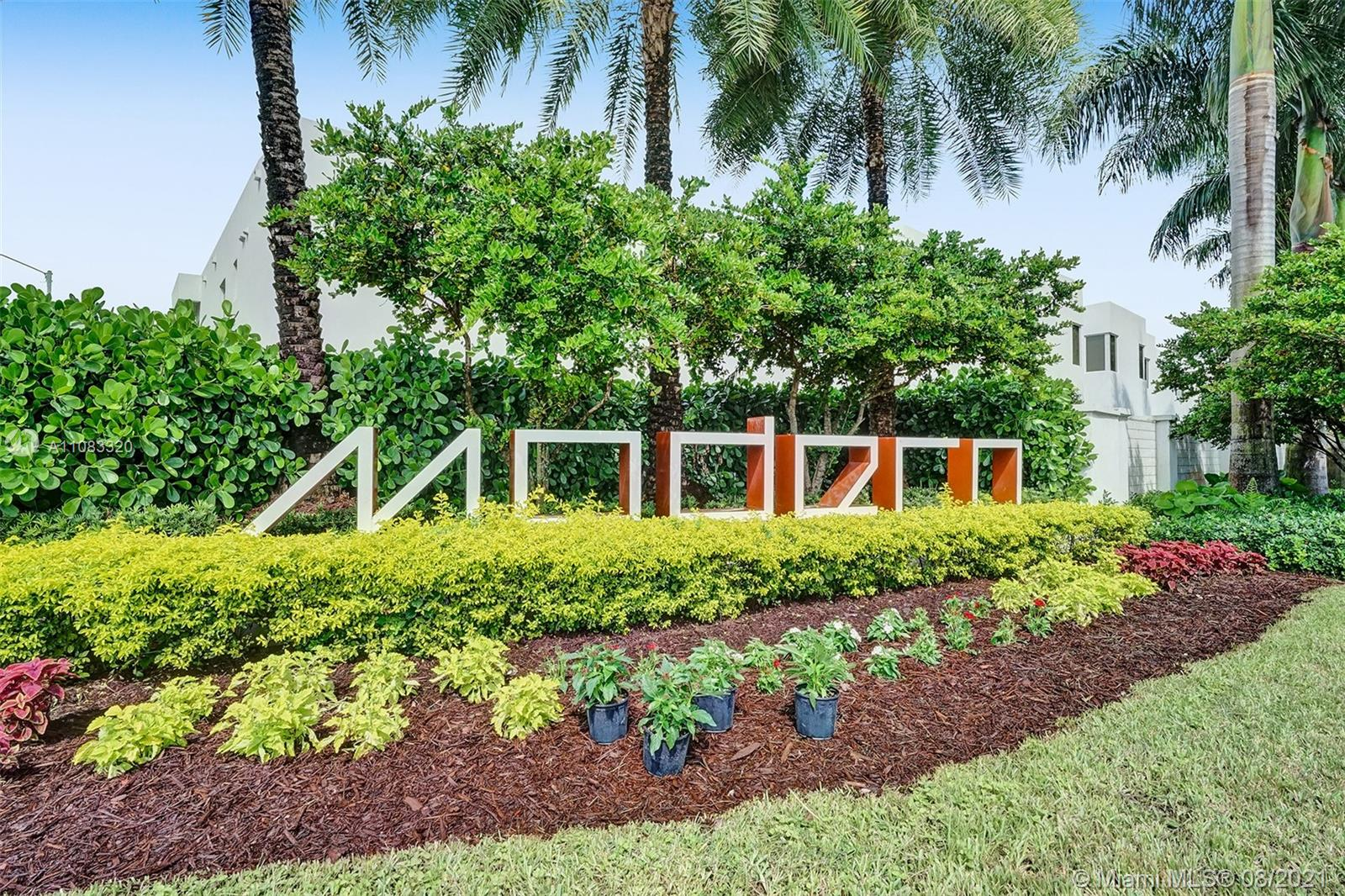 Doral Commons Residential - 9762 NW 75th St, Doral, FL 33178
