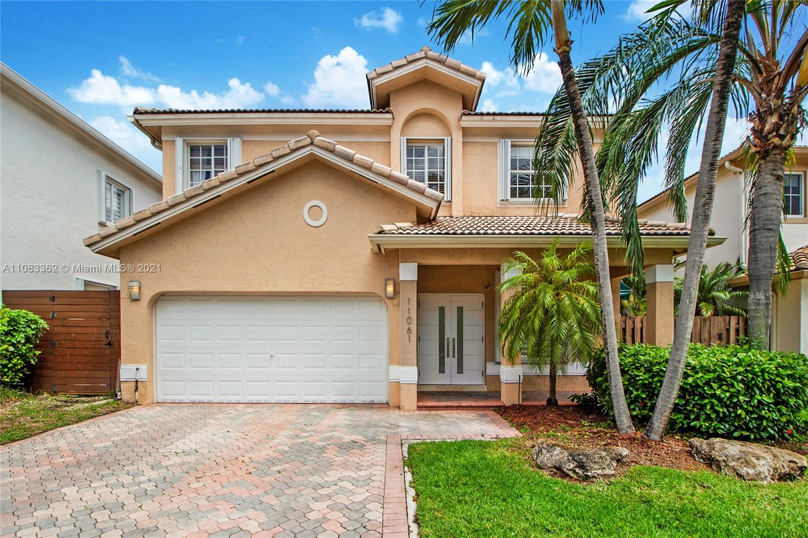 Doral Isles - 11061 NW 72nd Ter, Doral, FL 33178
