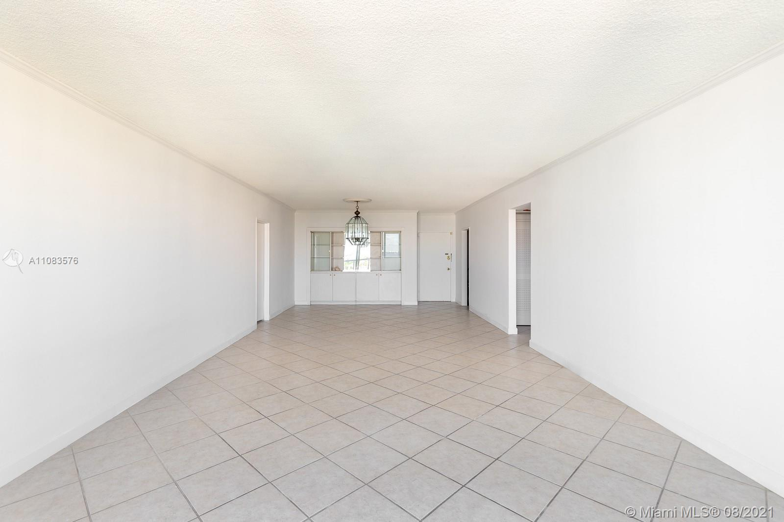 5601 Collins Ave #1521 photo09