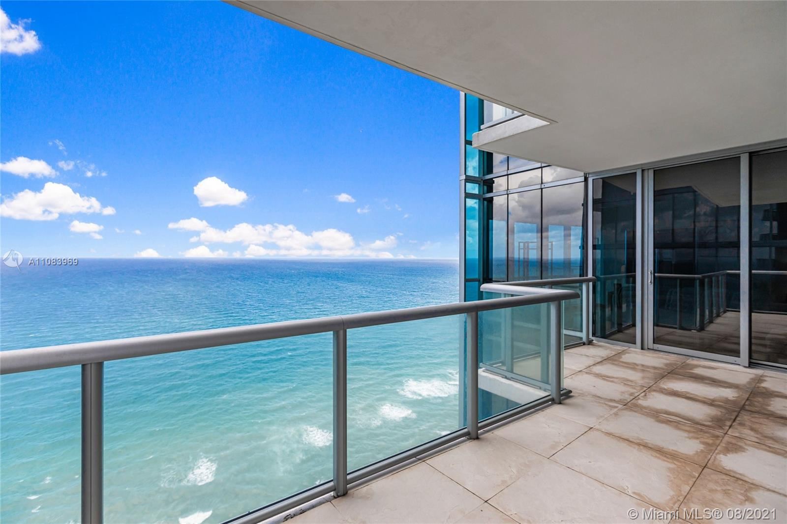 17121 Collins Ave #3608 photo027