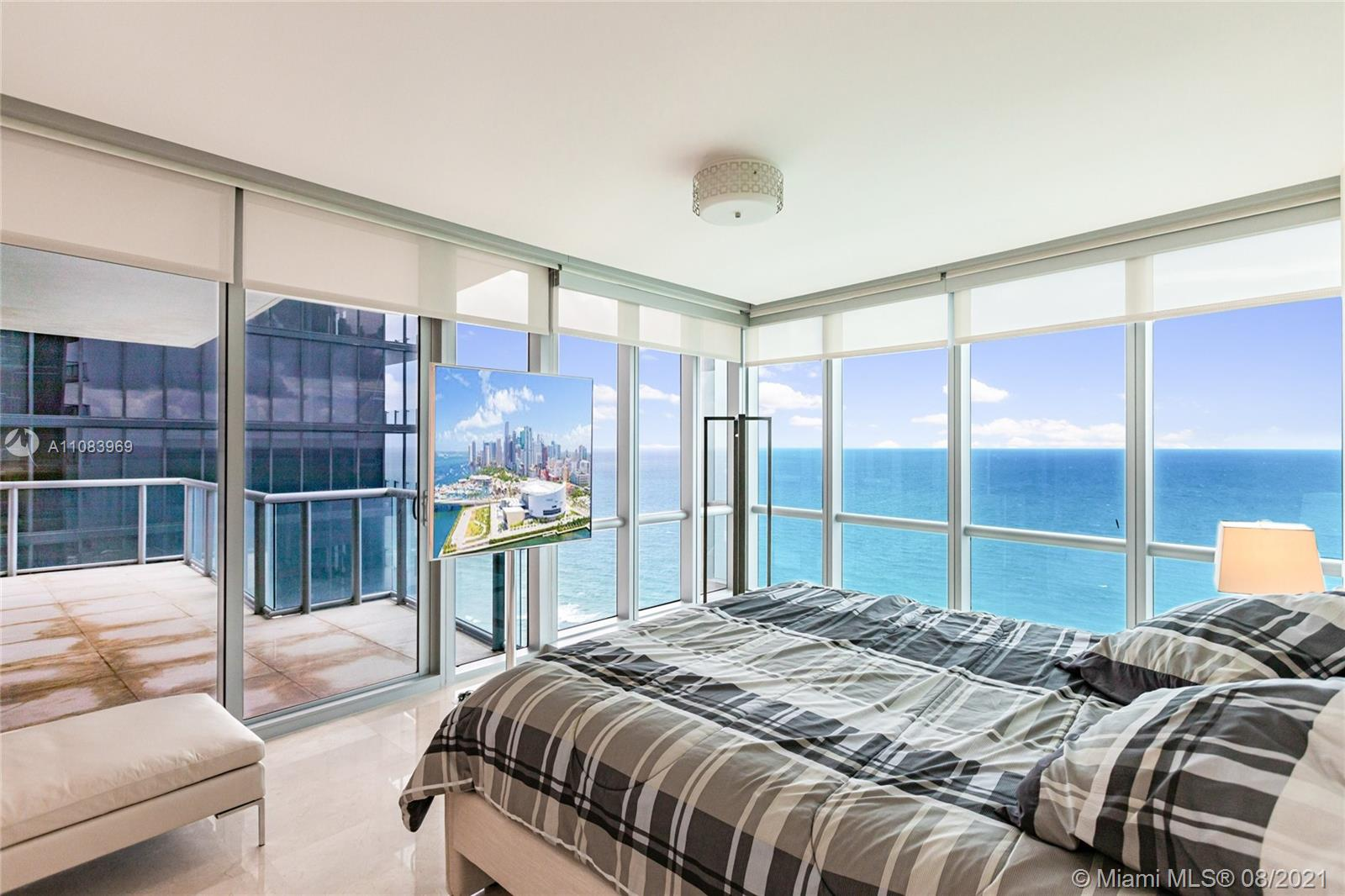 17121 Collins Ave #3608 photo06