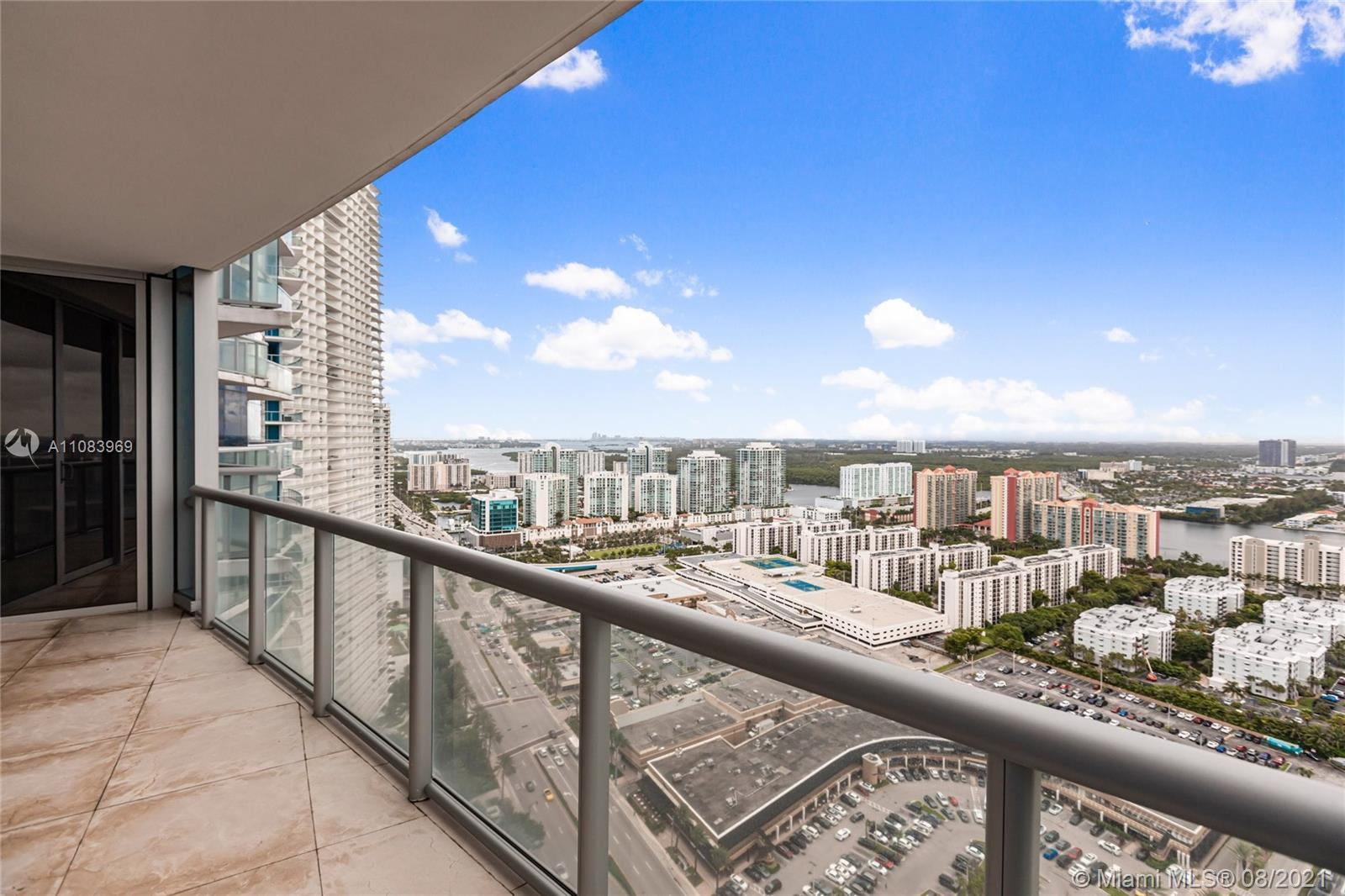 17121 Collins Ave #3608 photo026