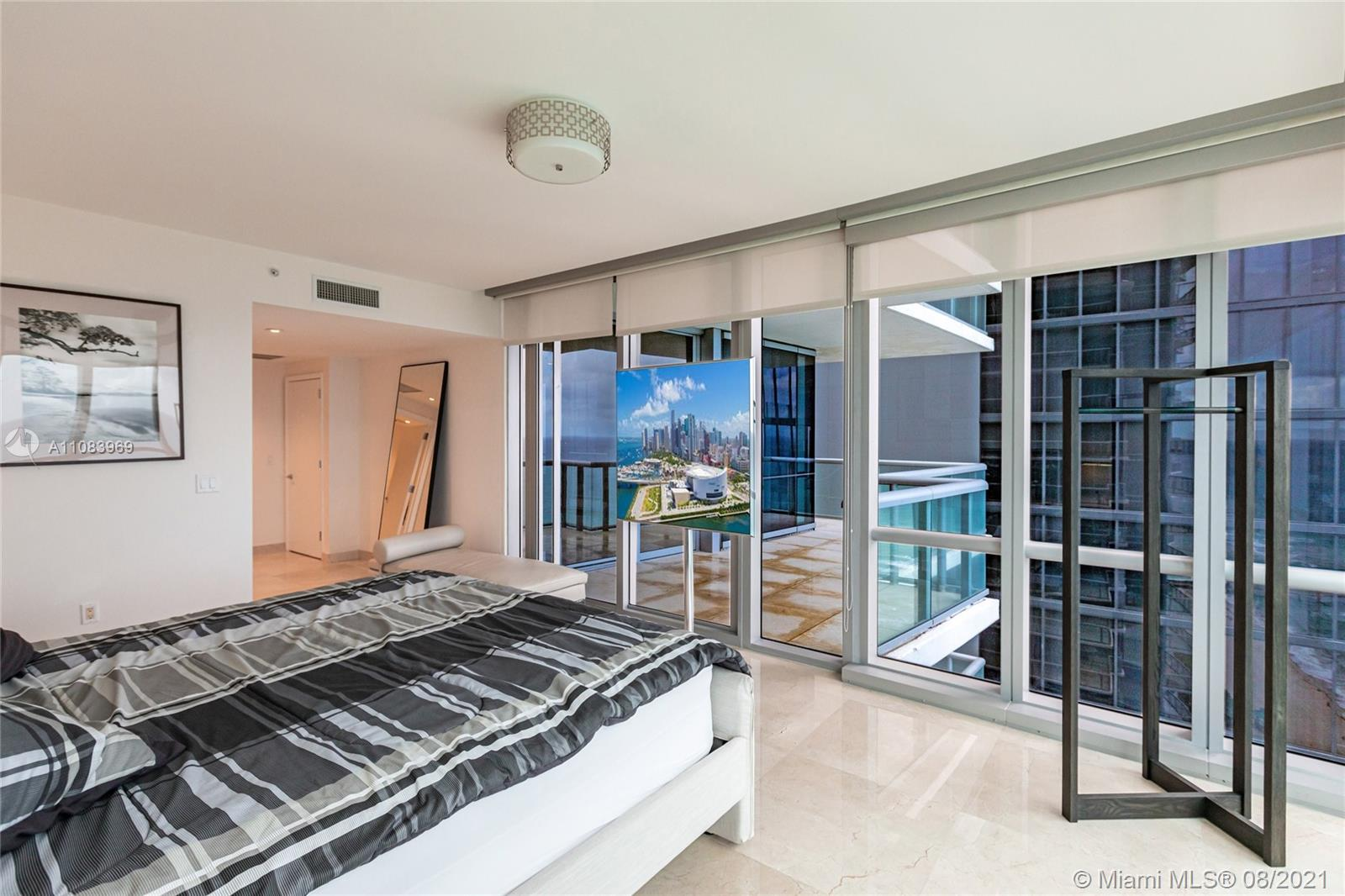 17121 Collins Ave #3608 photo07