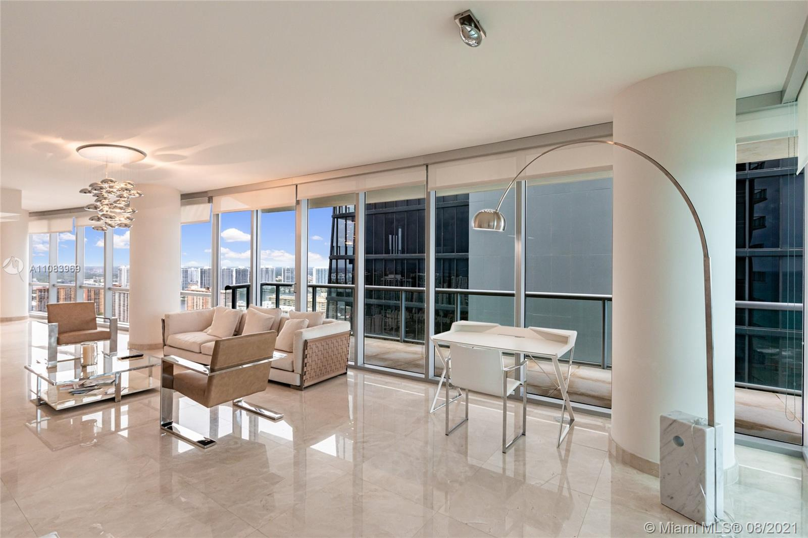 17121 Collins Ave #3608 photo03