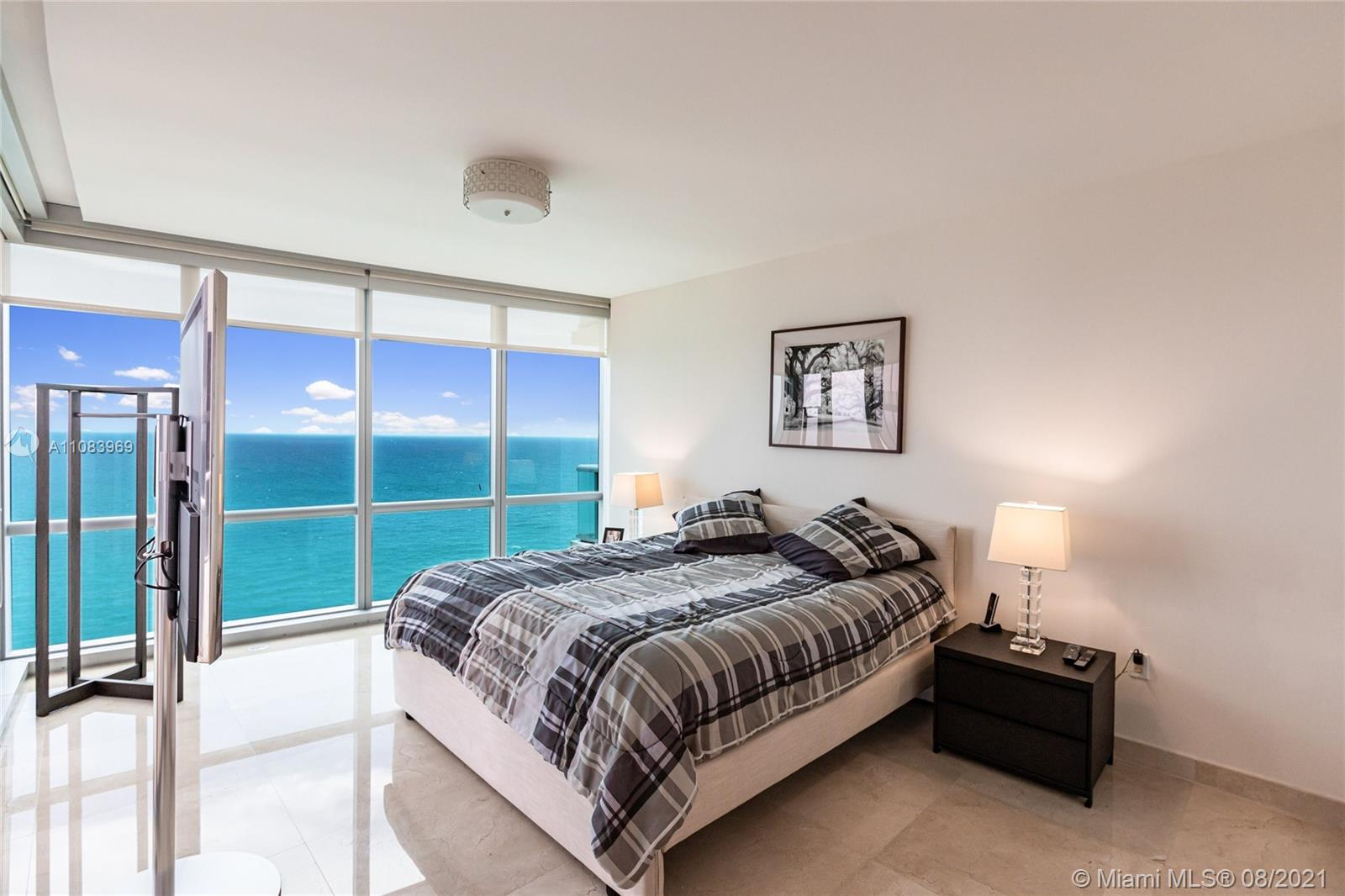 17121 Collins Ave #3608 photo05