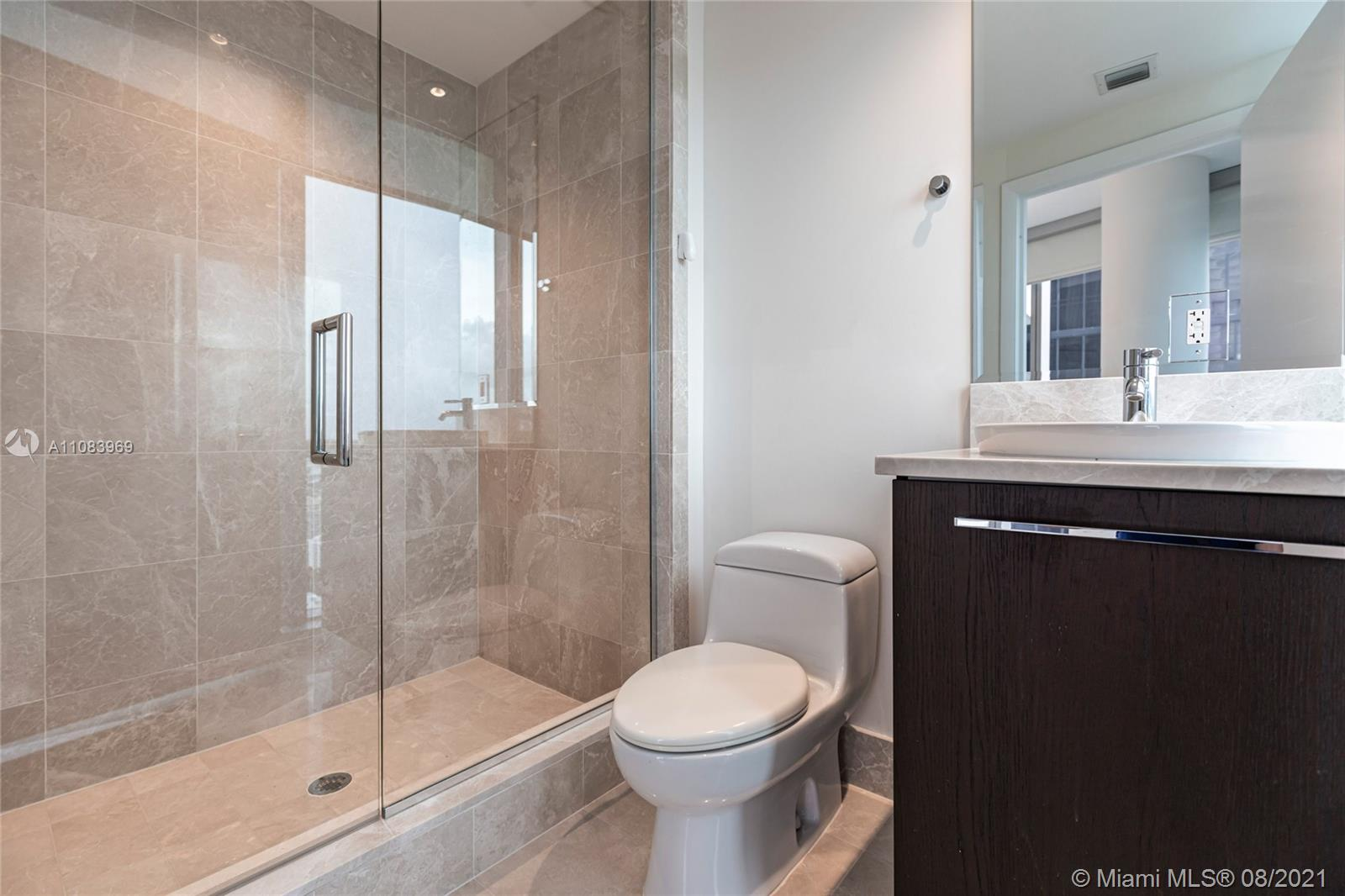 17121 Collins Ave #3608 photo018