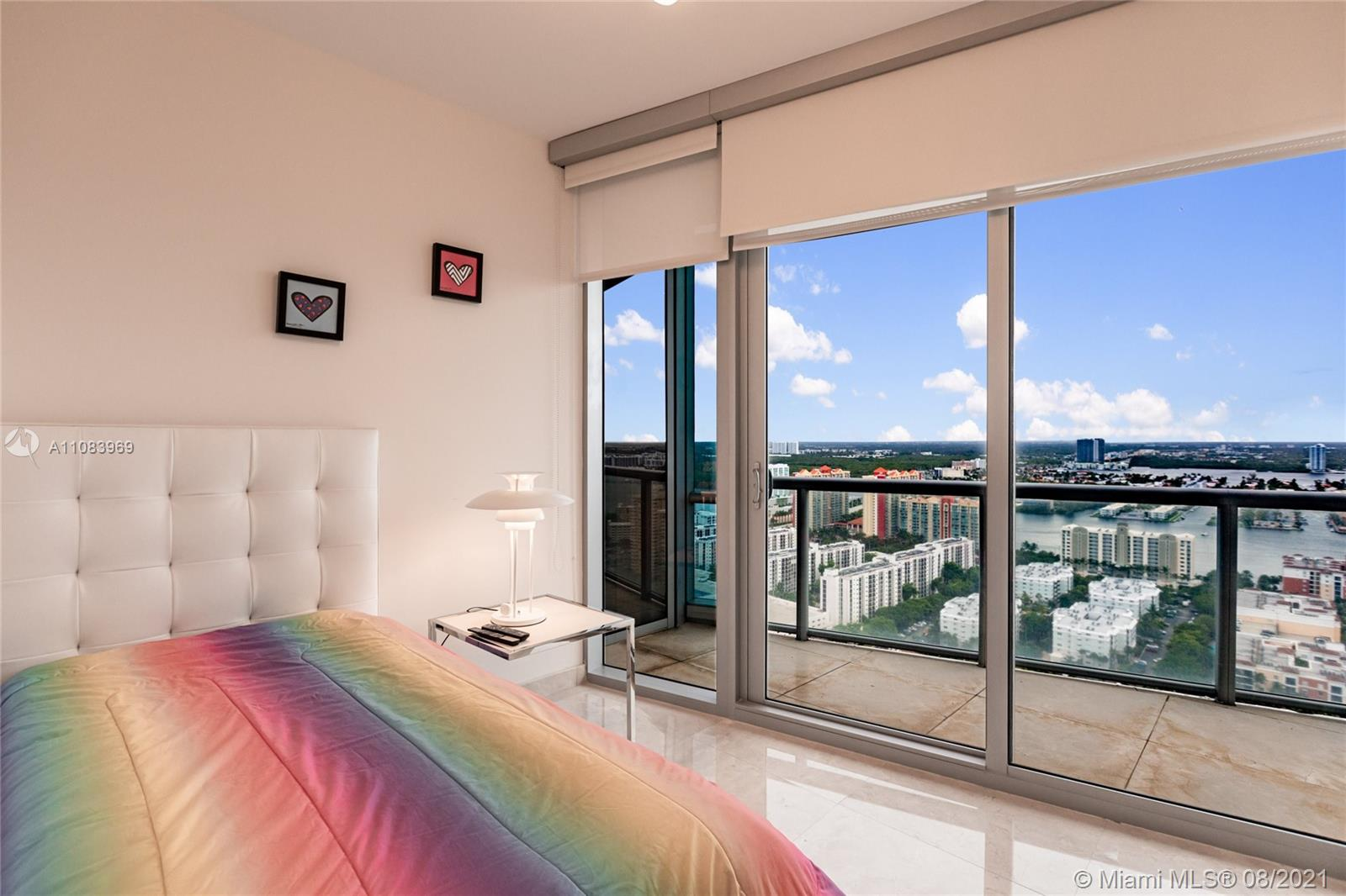 17121 Collins Ave #3608 photo019