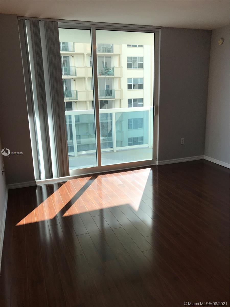 9201 Collins Ave #524 photo02