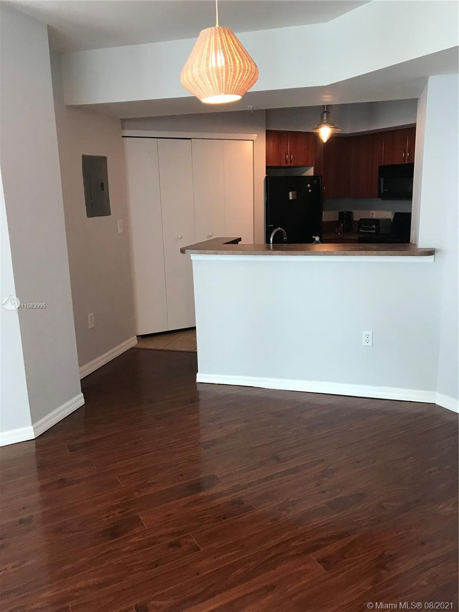 9201 Collins Ave #524 photo03