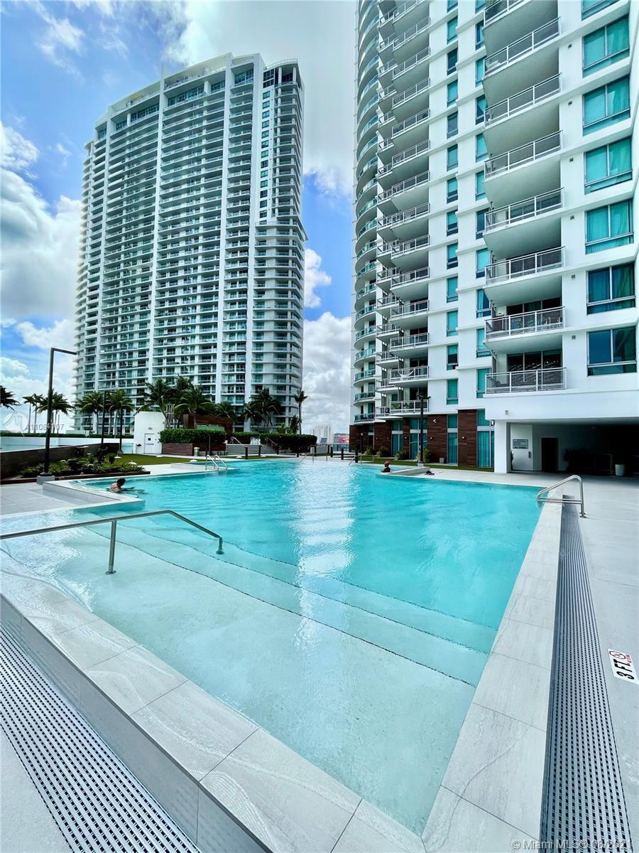 350 S Miami Ave #706 photo036