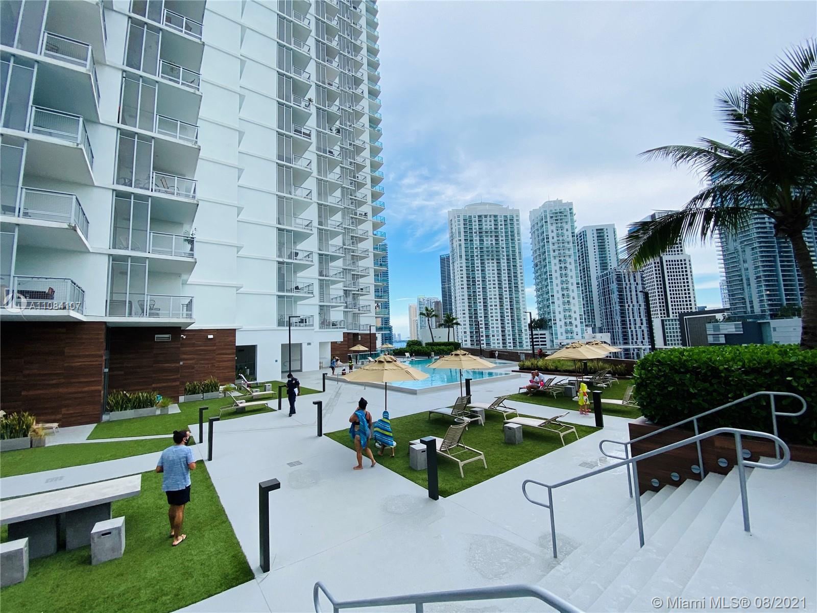 350 S Miami Ave #706 photo038