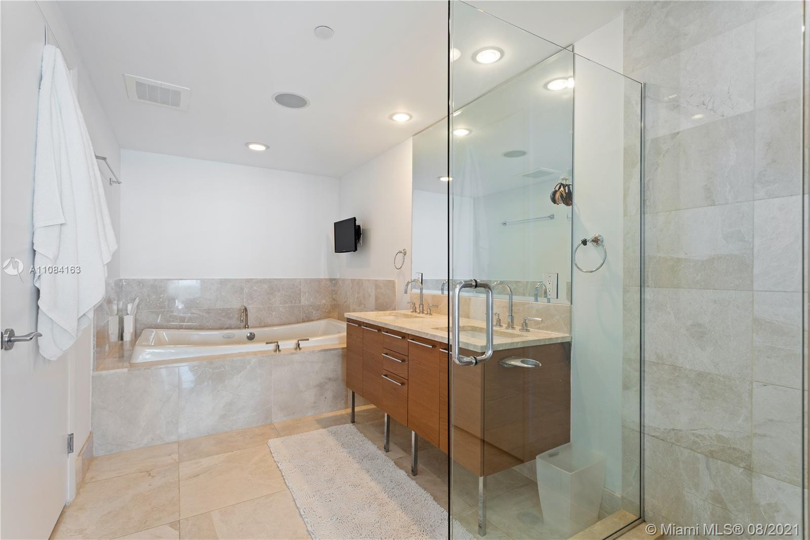 17001 Collins Ave #3801 photo09