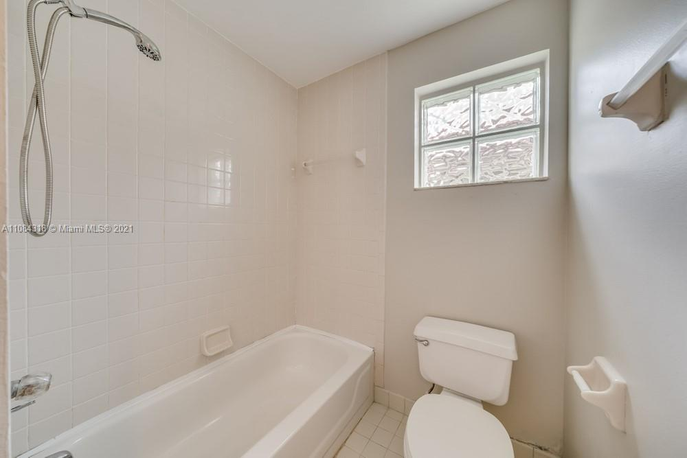 18323 NW 7th #18323 photo023