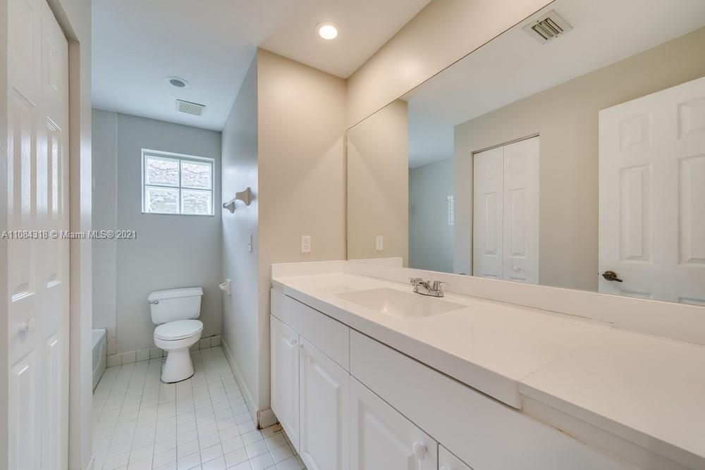 18323 NW 7th #18323 photo022