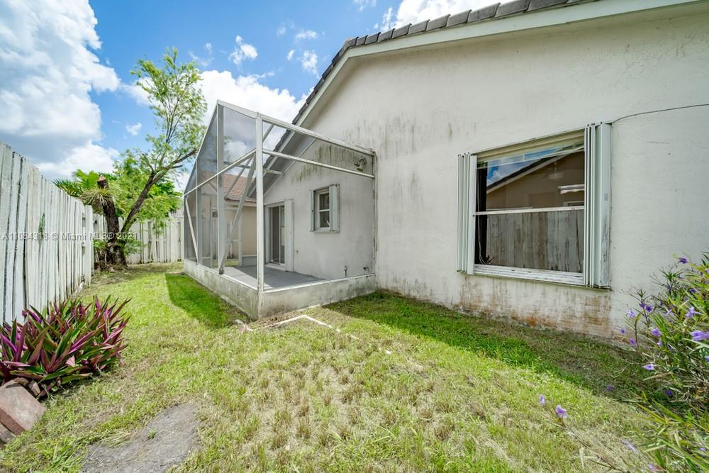 18323 NW 7th #18323 photo036