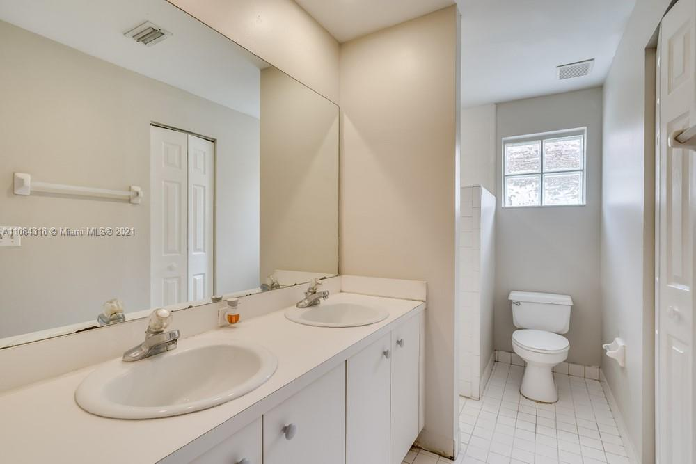 18323 NW 7th #18323 photo020