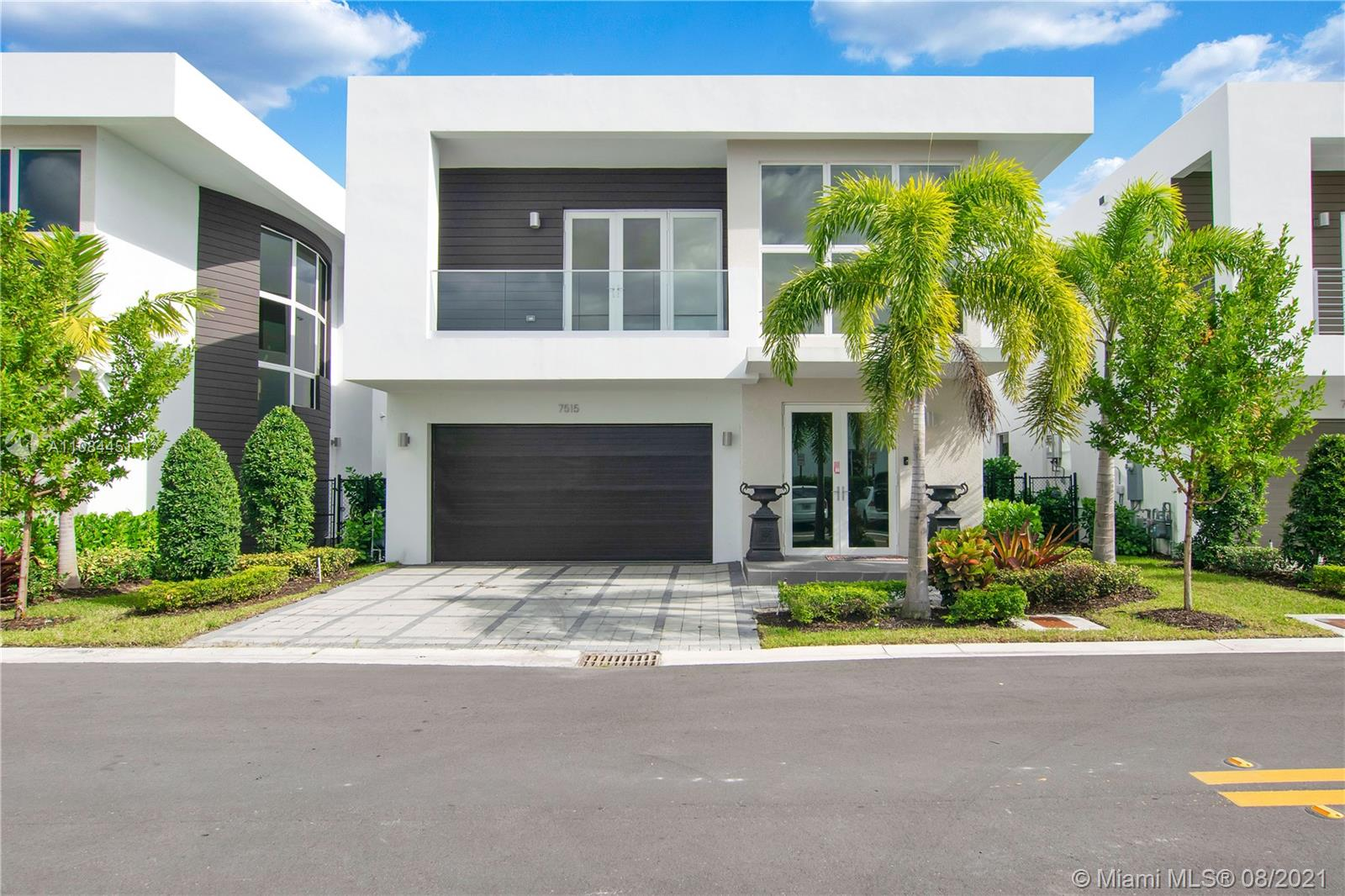 Doral Commons Residential - 7515 NW 97th Ct, Doral, FL 33178