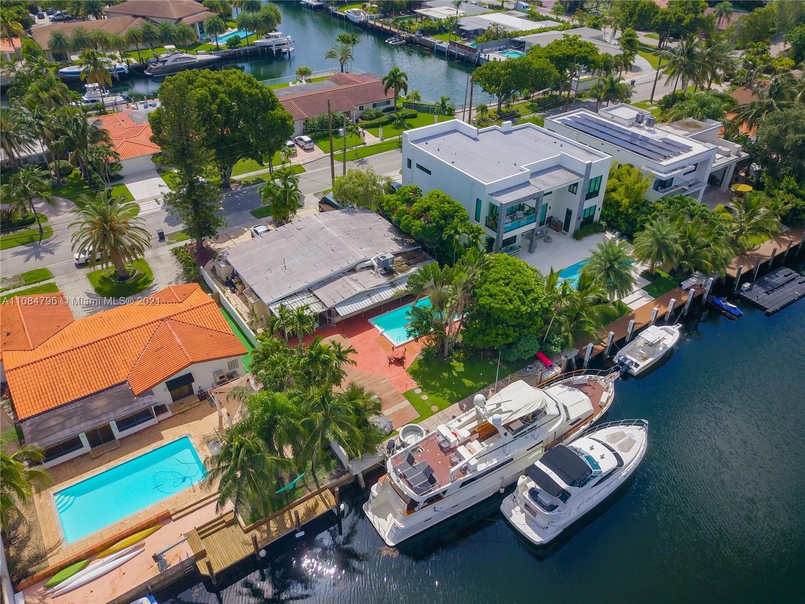 Keystone Point - 12700 N Bayshore Dr, North Miami, FL 33181