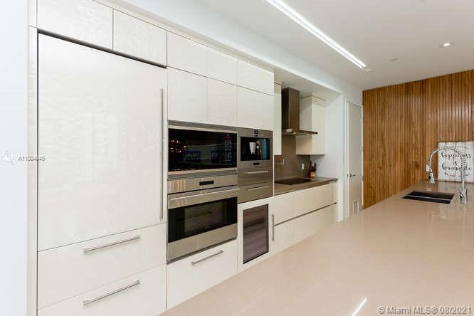 17475 Collins Ave #1503 photo012